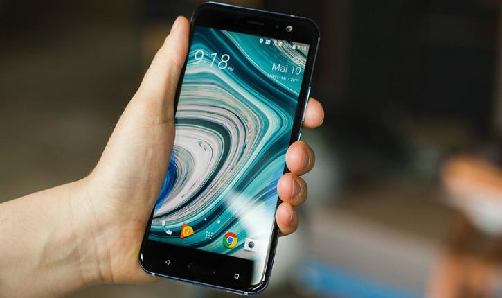 HTC U11 će dobiti Android O u novembru!