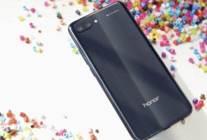 Huawei Honor 10 sa selfi kamerom od 24 MP-a zvanično predstavljen