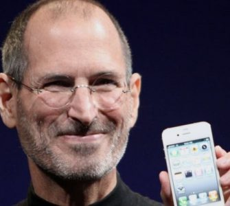 Nekada se Steve Jobs smijao ovome, a sada novi iPhone to dobija