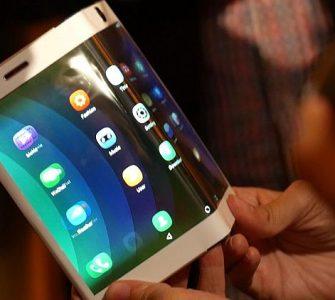 VIDEO: Lenovo napravio prototip preklopnog smartphona